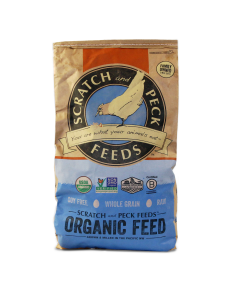 Scratch and Peck Feeds 79943 Organic 3-Grain Scratch Hen Treat - 25-lbs